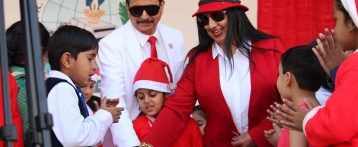 Santa evoked the spirit of fiesta at S.R.N.